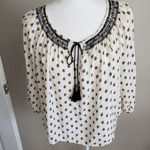 Forever 21 3/4 sleeves and tassel detail. Sz L